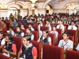 School Students interacting with Scientists
